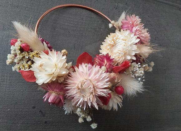 Rosa, Couronne de porte ou murale en fleurs séchées