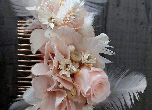 Circé peigne de mariage en fleurs stabilisées et plumes