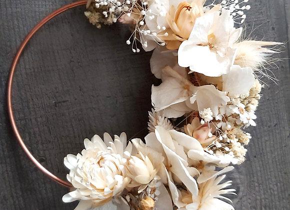 Zara, couronne de porte ou murale en fleurs séchées
