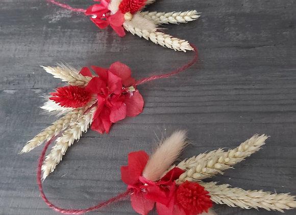 Guirlande de Noël en fleurs séchées
