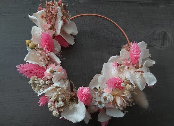 Malvina, couronne de porte ou murale en fleurs séchées