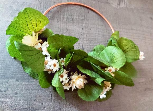 Couronne de porte Verde en fleurs séchées et stabilisées