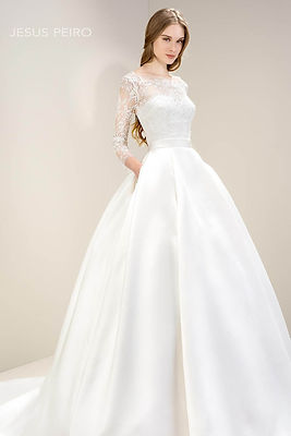 jesus peiro bridal dress
