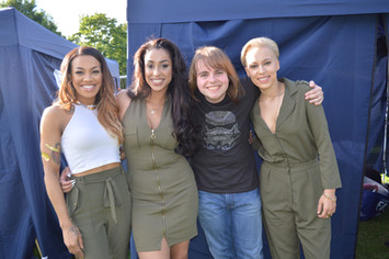 Me with Stooshe
