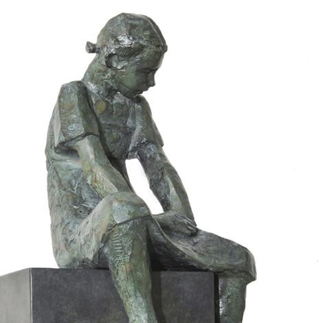 DEKEYSER : Agnès assise