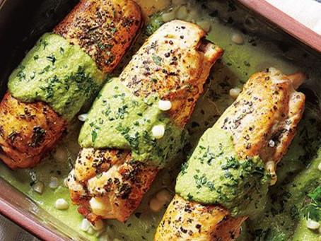 Rollitos de Pollo Rellenos y con salsa de poblano