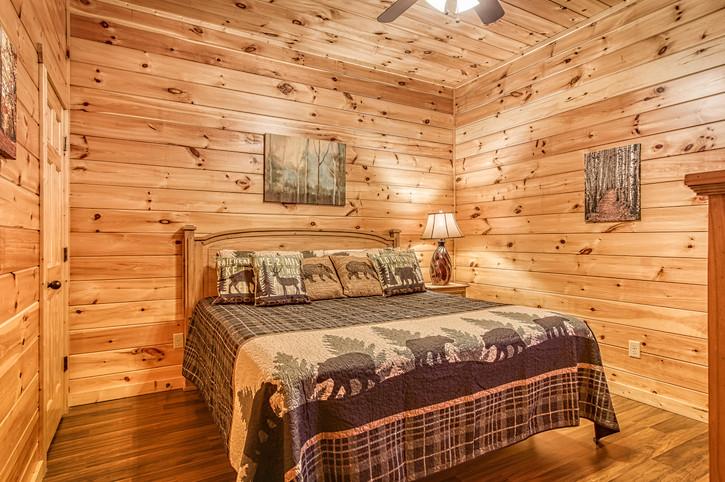 Lower Level Master Bedroom with En-Suite Bathroom