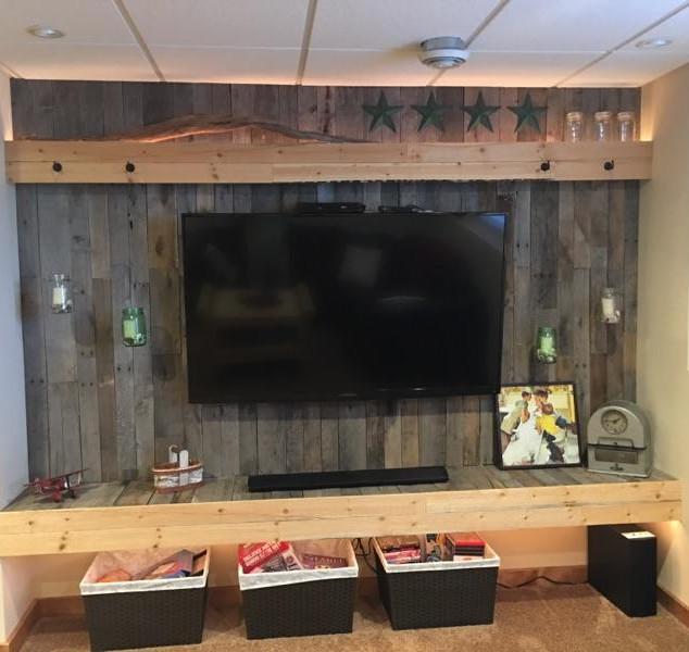 Fireplace & TV