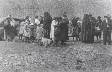 The Sisters of Atonement aiding Japanese families in Greenwood BC. Photo courtesy of the Greenwood Museum.