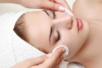 Limpeza de pele, limpeza de pele em guarulhos, limpeza de pele jd. zaira, estética facial, embelezamento, harmonização facial, peeling, radiofrequência, peeling diamante, vacuoterapia, cravo, espinha, acne