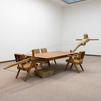 国内の美術館では初となるマーク・マンダースの個展が、3月20日から東京都現代美術館でスタート