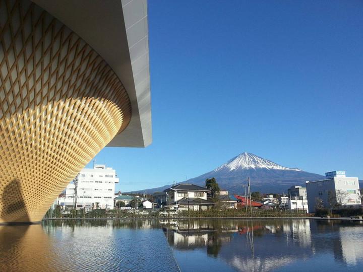 昨年12月23日の開館からすでに4万人が来場、静岡県富士山世界遺産センター