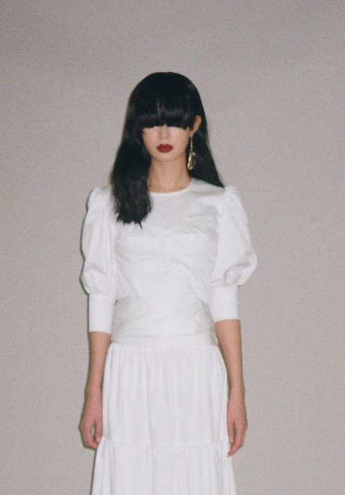 WHITE MUTTON SLEEVE BLOUSE