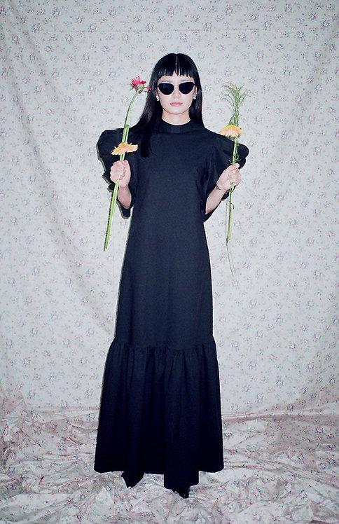 BLACK MUTTON SLEEVE DRESS