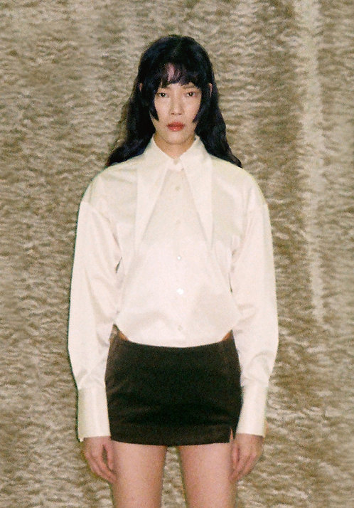 Cream White Oversize  Pointed Collar Shirt