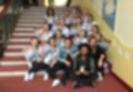 Tanzschule mit Urkunde von der letzten Meisterschaft