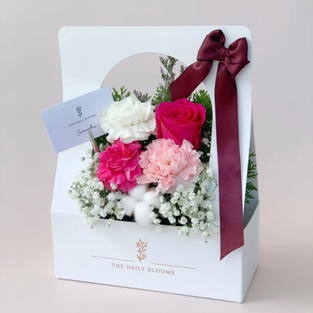 LAB x The Daily Blooms Mothers' Day Bundle