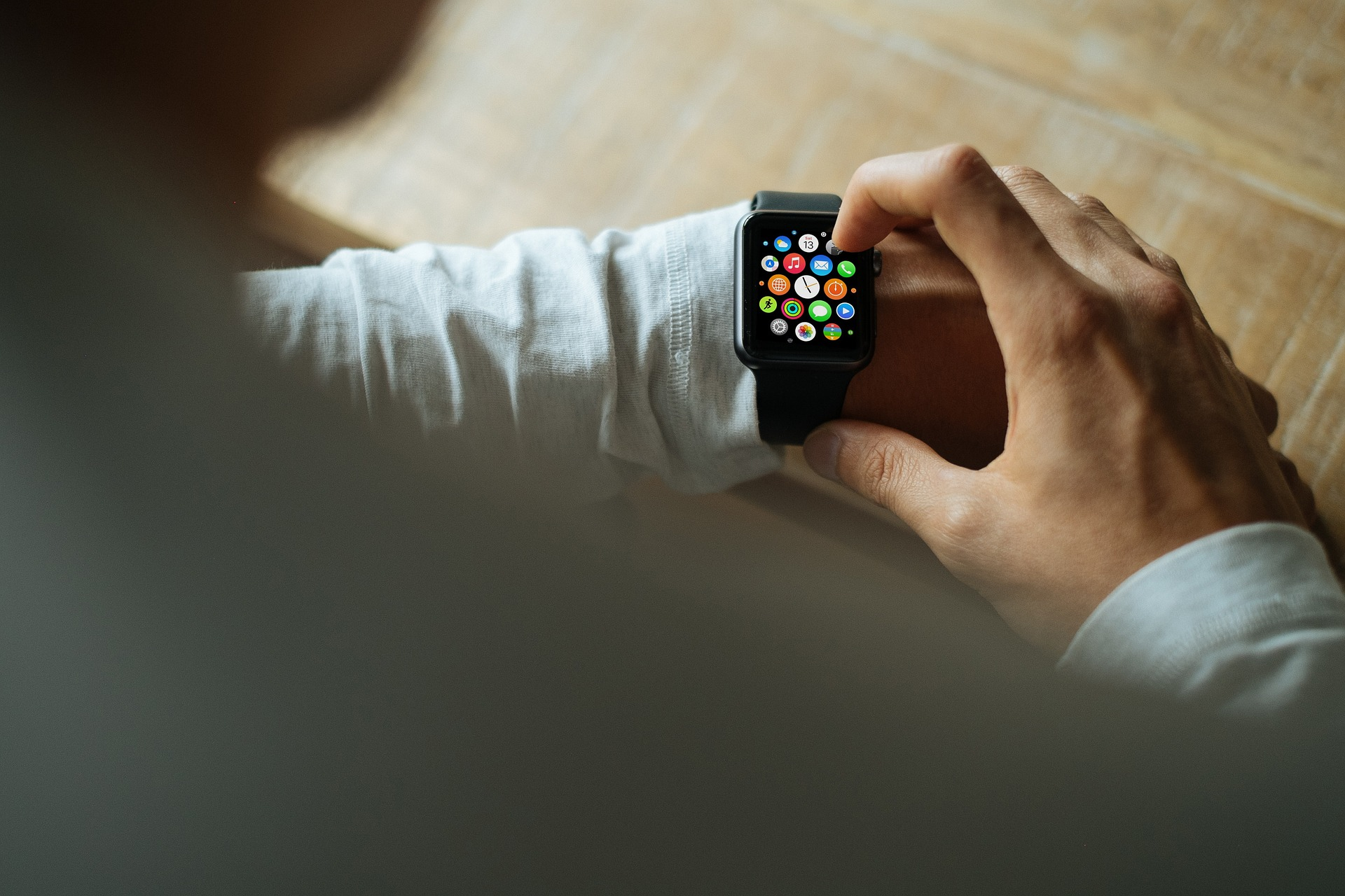 smart-watch-821563_1920