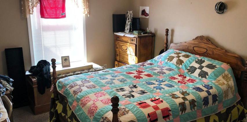 B1- Bedroom1.jpg