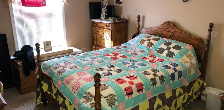 B2- bedroom1.jpg