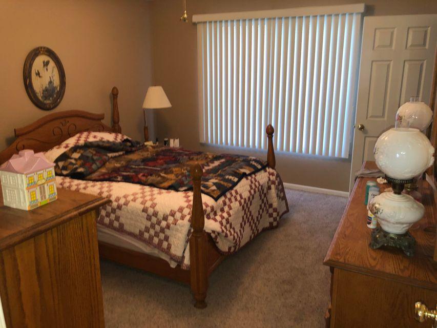 B3- bedroom2.jpg