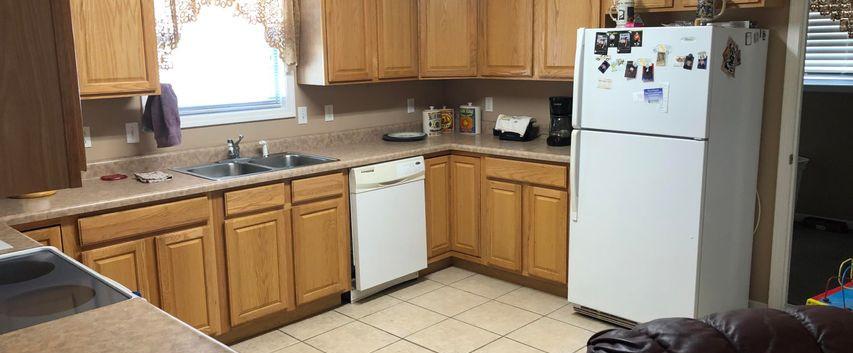 B6- Kitchen.jpg