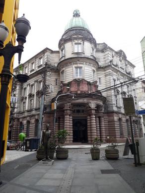 City tour em Santos tem parada no Museu do Café neste feriado