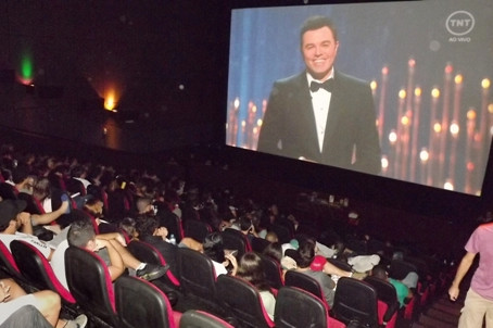 Exibição ao vivo do Oscar no Cine Roxy