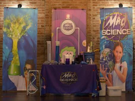 """Peça teatral científica """"Watchatchá"""" é atração gratuita em Santos"""