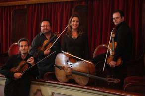 Quarteto de Cordas apresenta concerto unindo rock e música clássica