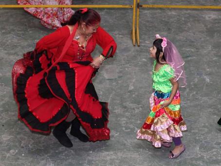 Festa em Santos homenageia padroeira dos ciganos