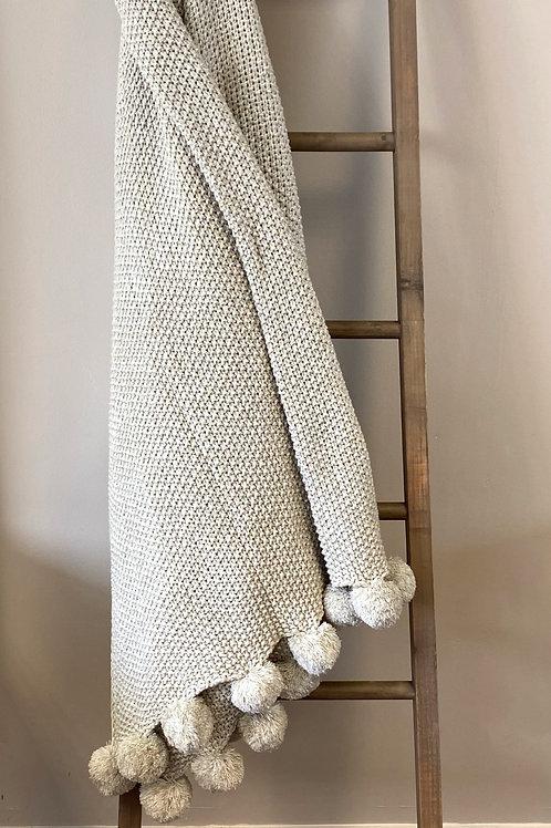 Light Grey Cosy Knitt Throw