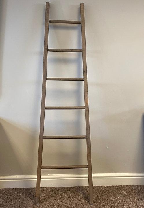 Display Ladder