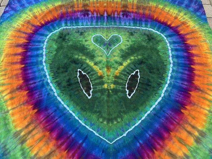Love 💚 Alien Tapestry