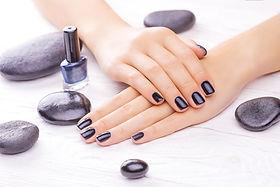 Maniküre & Pediküre für perfekte, gepflegte Hände, Füße, mit Nagelack oder Shelllacker