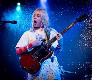 2019-10-12 - Live at Leeds - Lauran Hibb