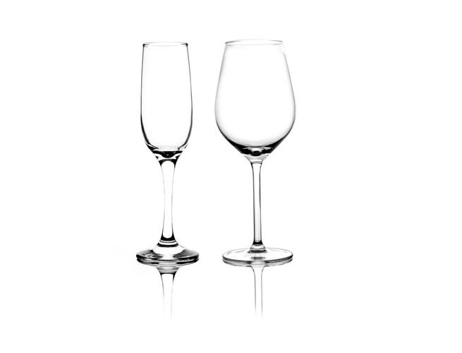 2020-07-21 - Wine Glass Reflection - mon