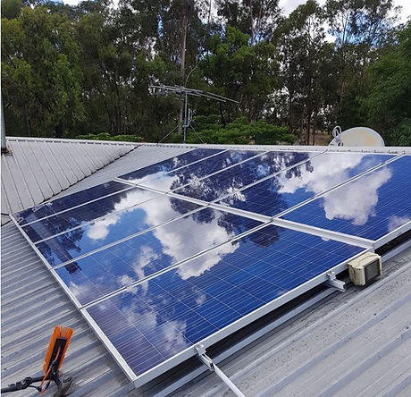 solar-gleam-gutter-clean-solar-panel-cle