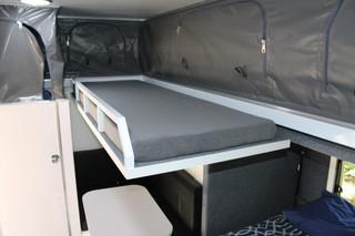 xh13-hybrid-caravan-bunk-bed-2.jpg
