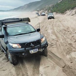 Mitsubishi Triton - Beach Run with the B