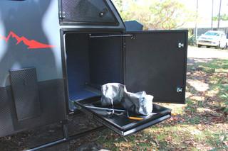 xh13-hybrid-caravan-storage-5.jpg