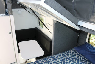 xh13-hybrid-caravan-bunk-bed-1.jpg