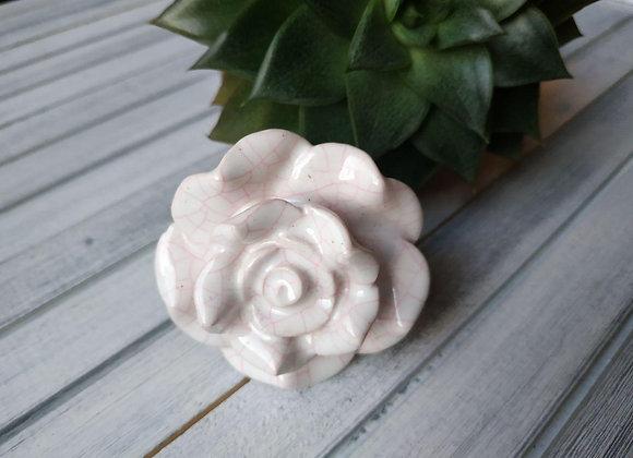 Мебельная ручка WHITE & PINK BID ROSE