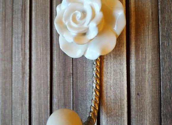 Крючок CREAM ROSE FLOWER