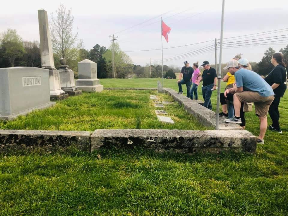 Walking Tour - Cemetery