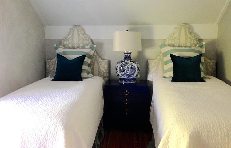 Historic Charleston Carriage House Attic Bedroom