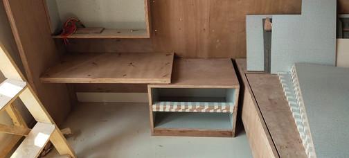 Dressing Ledge & cabinet