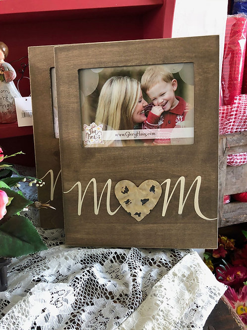 Mom picture frame with distressed metal heart