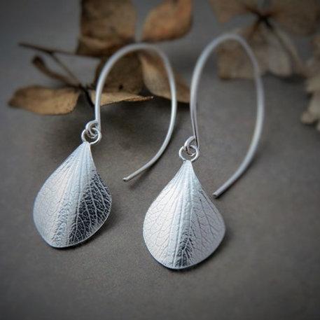 Short Hanging Hydrangea Earrings