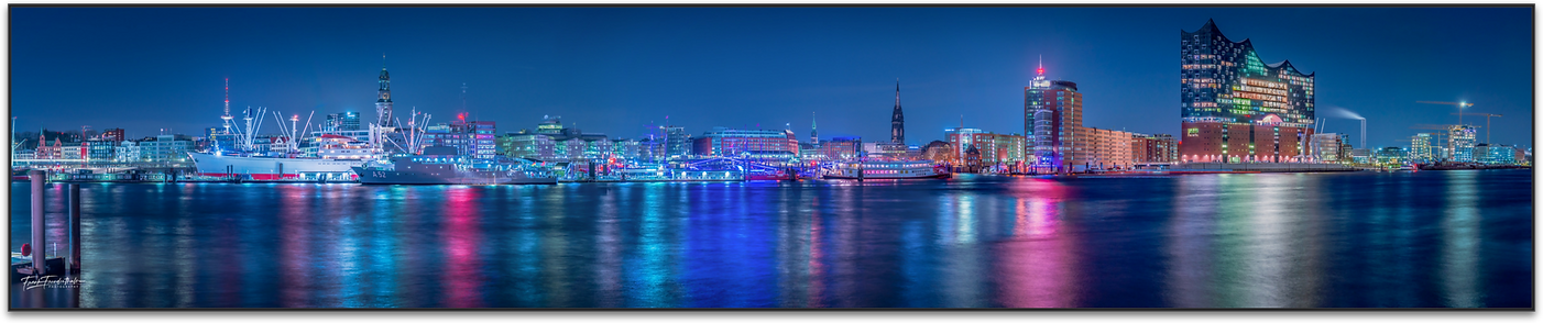 Hamburg Landungsbrücken.png
